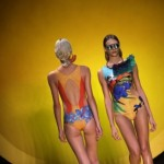 traje de baño con estampas tropicales tendencias FASHION RIO verano 2015