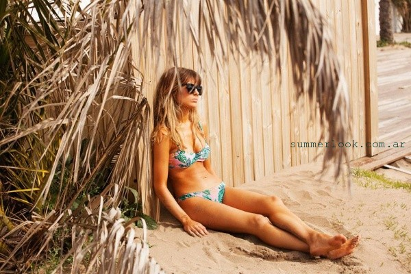Bikini estampa tropical - Odisea Swimwear 2016