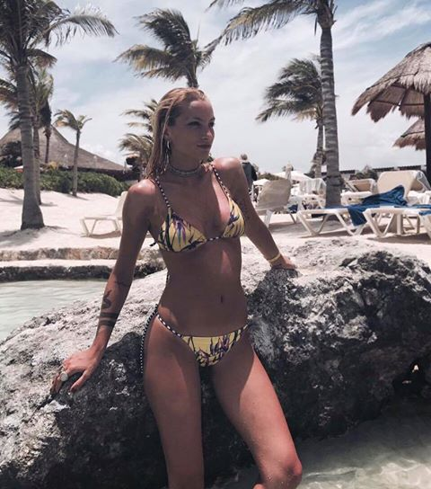 bikini amarilla estampada Filpa verano 2018