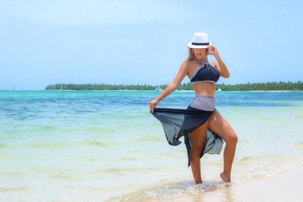 bikini azul y pareo verano 2018 - MAREA