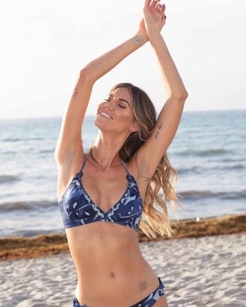 Swim Days - bikini azul bordada verano 2019