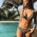 bikini a rayas con volados verano 2019 Mada Store