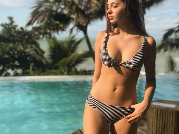bikini a rayas con volados verano 2019 - Mada Store