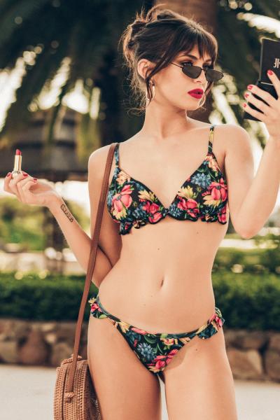 Bikini floreada verano 2019 - Loviu