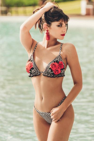 bikini a cruadros con flores verano 2019 - Loviu