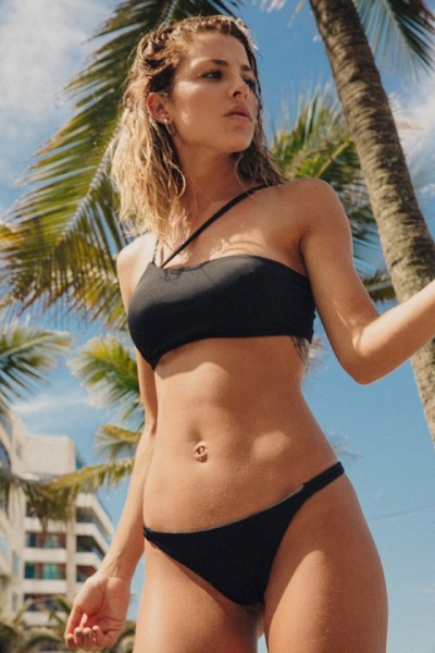 bikini negra bando verano 2019 Odisea Swimwear