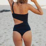 malla enteriza negra verano 2019 Odisea Swimwear
