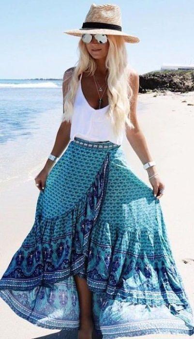 Look vacaciones playa falda bohemia larga