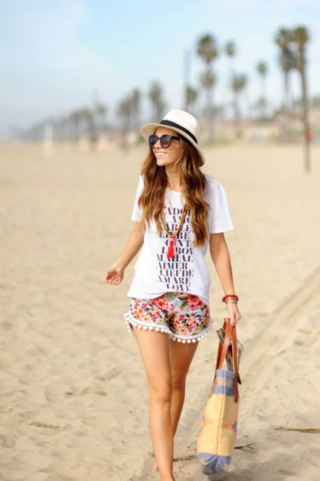 Look vacaciones playa short estampado playa