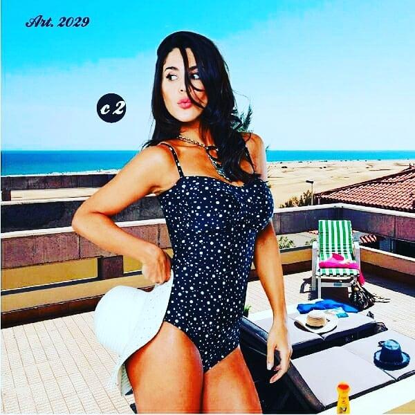 malla enteriza estampa blanca y negra verano 2020 Sabbia Di Mare
