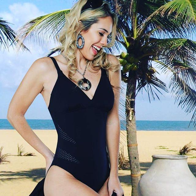 malla negra para señora verano 2020 Sabbia Di Mare