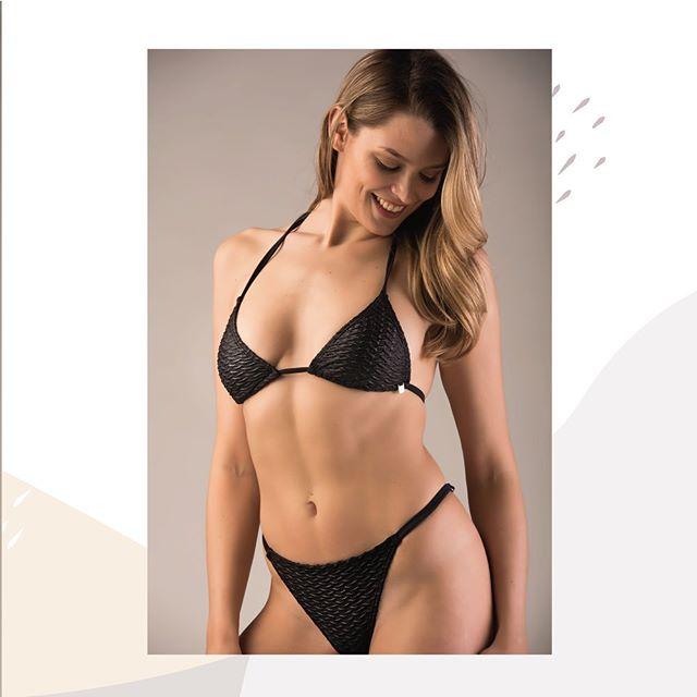 Bikini negra Marea verano 2020