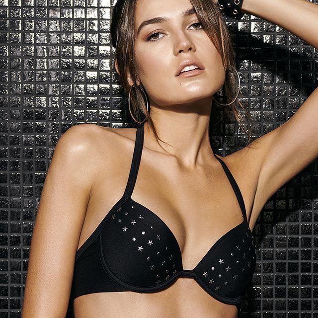 bikini con tachas verano 2020 Selu