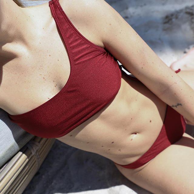 bikini un hombro verano 2020 Bonga