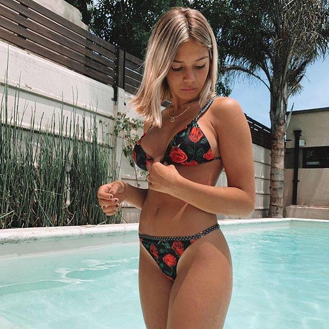 Bikini estampa de rosas verano 2021 Love Africa