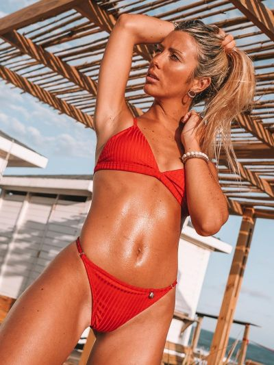 bikini roja morley verano 2021 Love Africa