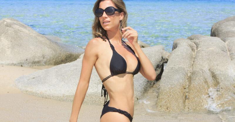 Bikini negra verano 2021 Miro Sol