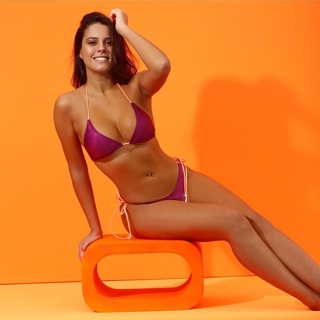 Bikini purpura verano 2021 Biznet