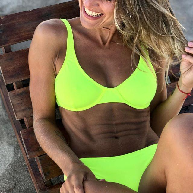 Lete Bikini amarillo fluor verano 2021