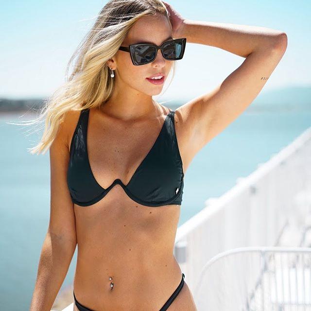 bikini negra Marea verano 2021