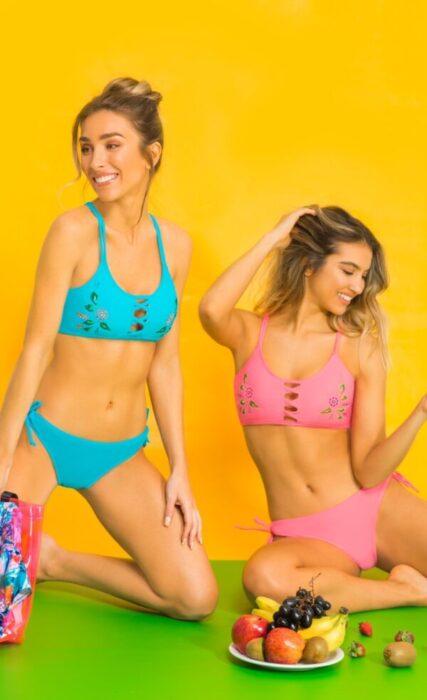 bikini fucsia y turquesa verano 2021 Yamie