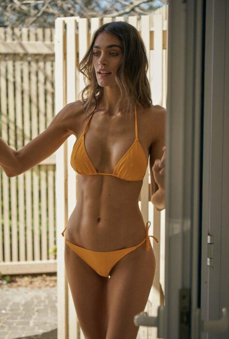 bikini truangulo naranja verano 2021 Andressa