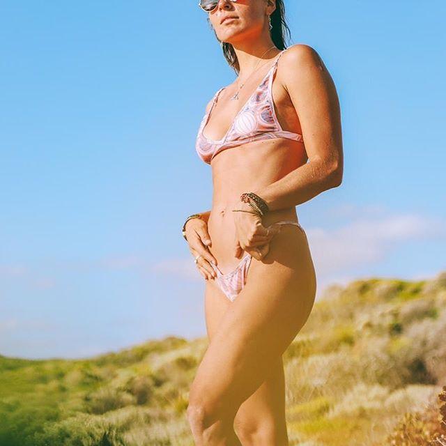 Kaikala bikini rosa metalizada verano 2021