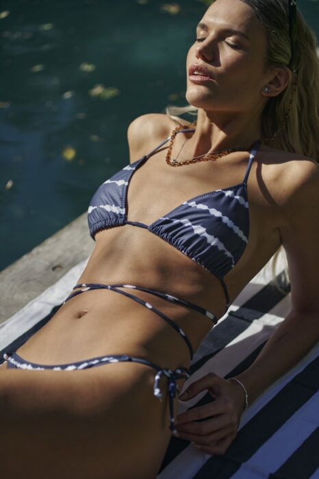 bikini azul batick verano 2022 Andressa